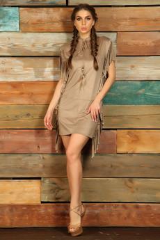 Бежевое платье с бахромой в стиле Дикий запад Mondigo со скидкой